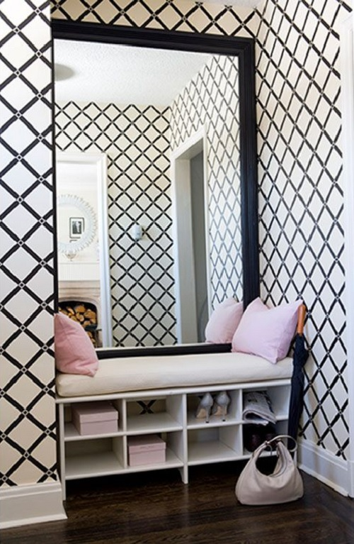 Big mirror in entry - Beautiful wall paper