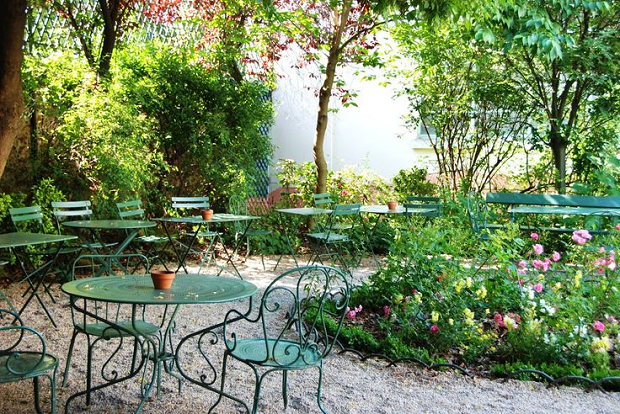 Paris 10 romantic things to do in paris quintessence - Jardin du musee de la vie romantique ...