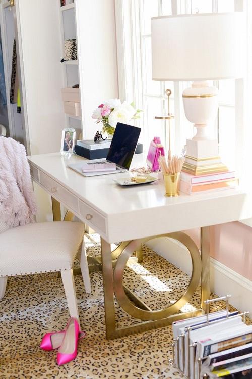 Desk Pink Peonies